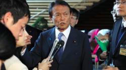 「立憲議員小突いた議員ははめられた」麻生氏が発言撤回