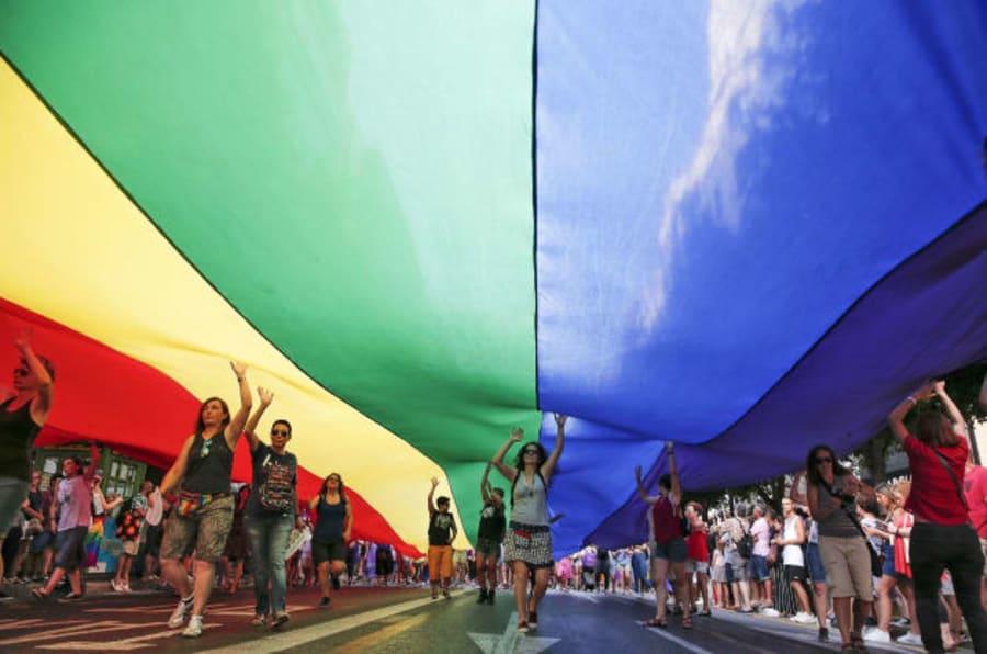 Manifestación del Orgullo lésbico, gay, trans y bisexual en Valencia.