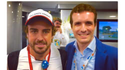 Casado publica una foto con Fernando Alonso y muchos le dicen lo