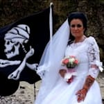 Jack Sparrow Impersonator Claims To Have Divorced A 300-Year-Old Ghost