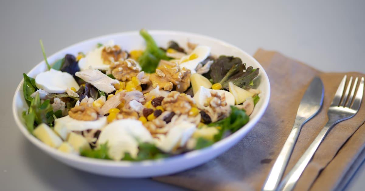 Recetas fáciles: ensalada de pollo y manzana