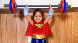 21 pequeñas mujeres-maravilla que son la definición perfecta de 'Girl