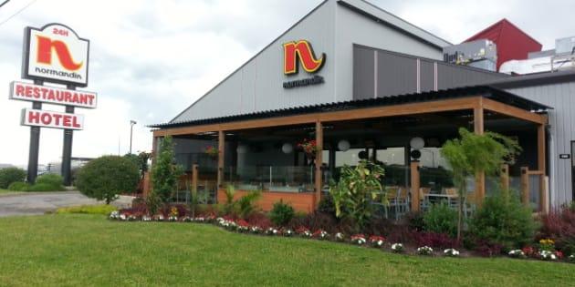 Une cliente affirme avoir trouvé une carcasse d'animal dans son plat commandé au restaurant Normandin situé rue Bouvier.
