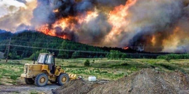 La Colombie-Britannique décrète l'état d'urgence — Incendies au Canada