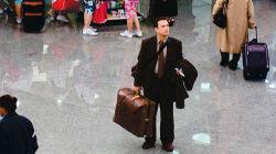 Perde l'aereo, da 7 giorni è bloccato in un aeroporto argentino. L'avventura del 48enne ricorda