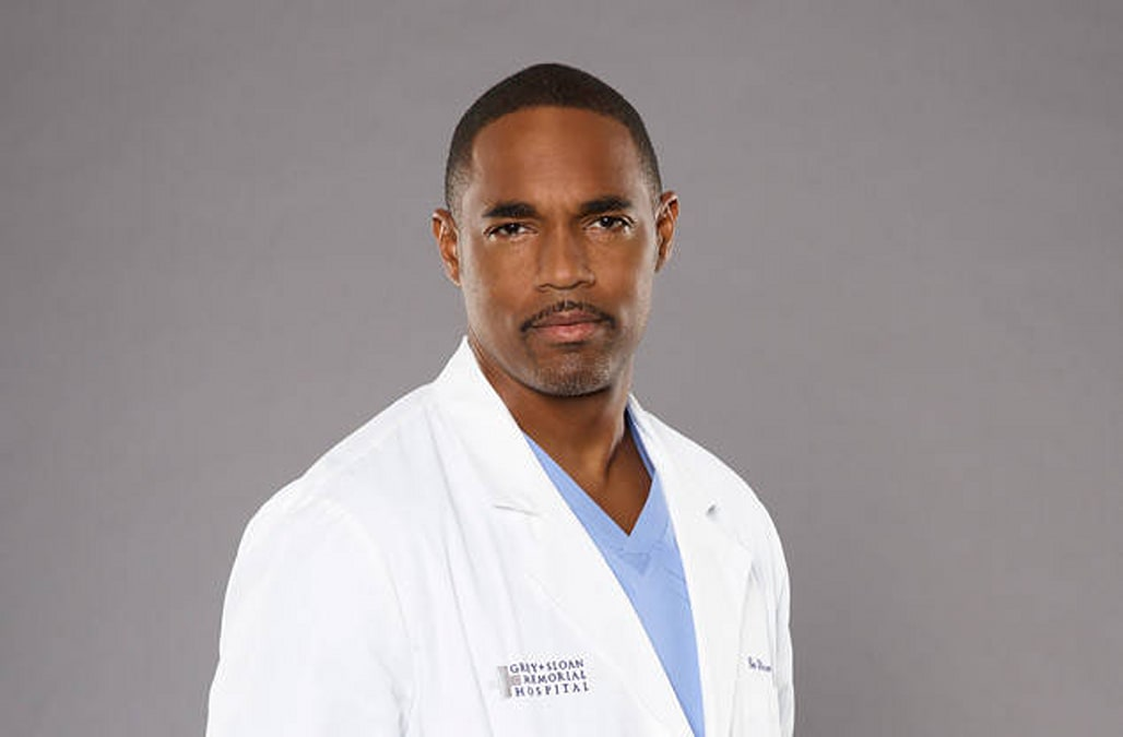Greys Anatomy Star Jason George Joins Firefighter Spinoff