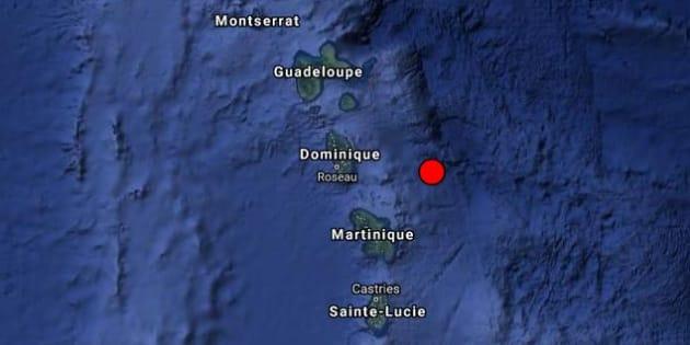 Antilles: après la tempête Kirk, un séisme frappe la Martinique et la Guadeloupe où Macron est en visite