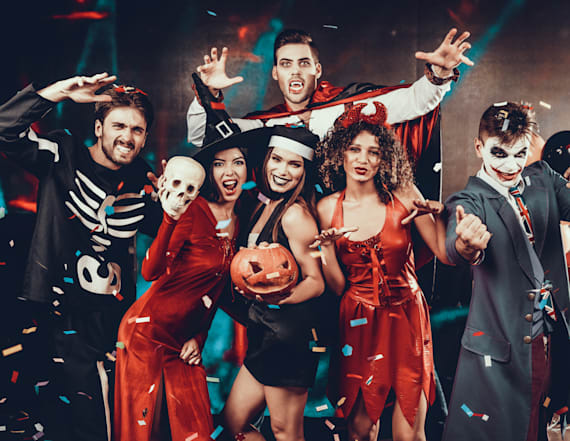 5 creative group costumes to wear on Halloween 2019