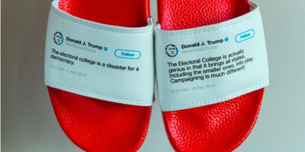 Claquettes à l'effigie des tweets contradictoires de Trump