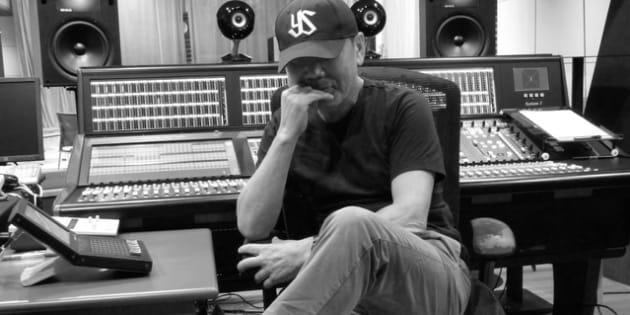 スタジオ収録に臨んだ村上春樹さん(TOKYO FM提供)