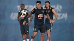 Danilo se machuca, e Seleção Brasileira terá Fagner contra a Costa