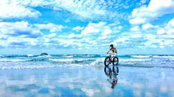まるでウユニ塩湖。鳥取砂丘で「奇跡の一枚」撮影できる条件は?