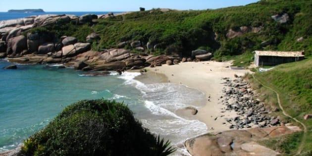 Praia do Gravatá é uma das 5 pouco conhecidas, mas belíssimas de Florianópolis.