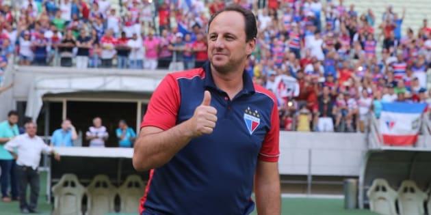 Rogério Ceni tem realizado excelente trabalho no Fortaleza.
