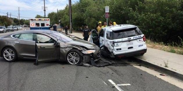 Tesla connaît des difficultés avec son système Autopilot qui a causé des accidents de la route ce printemps.