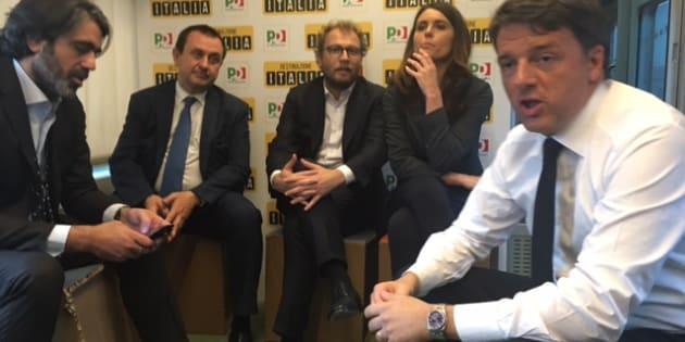 Il Black Friday di Renzi: sul treno per la Leopolda con le promesse per gli alleati presenti e futuri. Ma si voti a marzo...