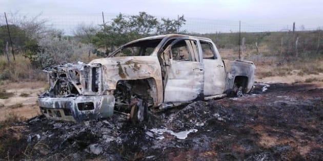 Los 19 cuerpos calcinados fueron encontrados en cinco camionetas abandonadas a la orilla de un camino rural