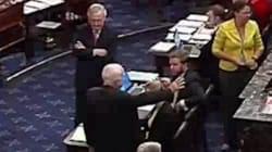 Stupeur et applaudissements au Sénat au moment du