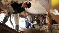 西日本豪雨の土砂、広島・呉の幼稚園も被害。保護者ら懸命のかき出し