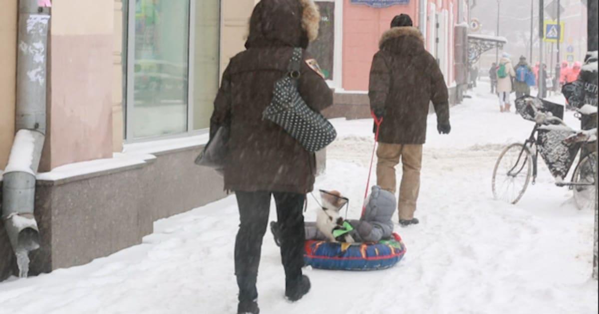 La météo à Paris et en France vous inquiète? La tempête de neige qui a paralysé Moscou va vous faire relativiser