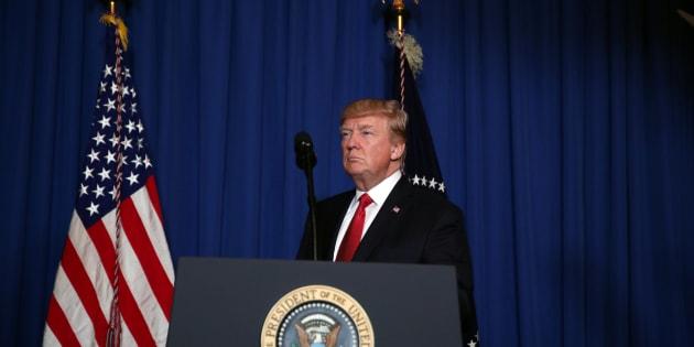 Le Président Donald Trump lors de sa déclaration sur les frappes déclenchées en Syrie, le 6 avril 2017.