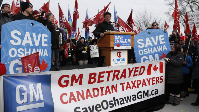In the fight over Canadian GM plant, why doesn't the union just strike?