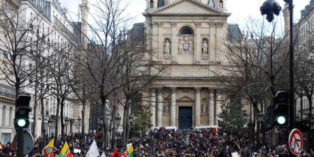 """La faculté de Lettres de Sorbonne-Université bloquée, la ministre de l'Enseignement supérieur dénonce la """"désinformation"""""""