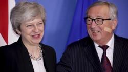 CON LO SPETTRO DEL NO DEAL - Juncker incontra May con un cerotto in viso e scherza: