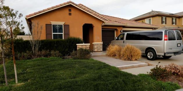 pourquoi les voisins des turpin et de la maison de l 39 horreur n 39 ont pas r agi plus t t le. Black Bedroom Furniture Sets. Home Design Ideas