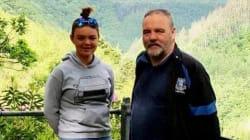 Prenota una camera matrimoniale per lui e la figlia 14enne, l'hotel lo scambia per