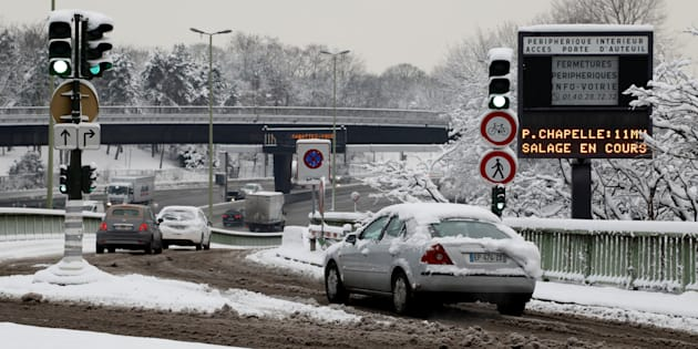 Neige et verglas à Paris (ici photographiée le 7 février) : RATP, SNCF, circulation... le point sur le trafic
