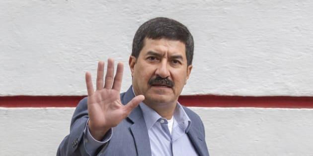 Javier Corral, gobernador de Chihuahua, ha sostenido reuniones con el gabinete entrante para atender la situación financiera que enfrenta la entidad norteña.