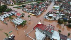 Intensas lluvias dejan bajo el agua 30 colonias de