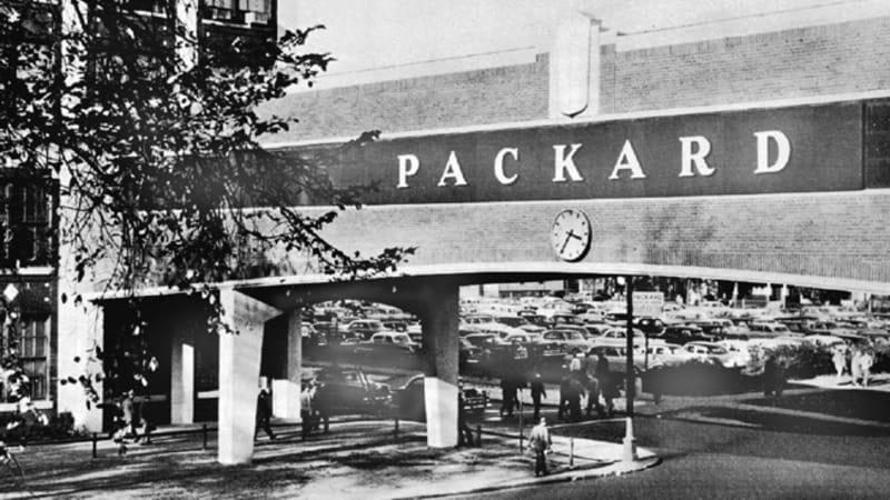 Detroit Packard plant's bridge collapses | Autoblog