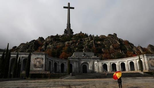 El Gobierno se niega a difundir íntegra la carta que le envió el Vaticano sobre la exhumación de