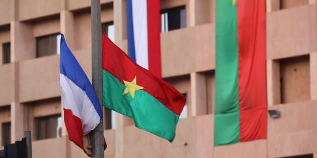 Visite de Macron au Burkina Faso: une grenade lancée contre des soldats français, 3 civils blessés