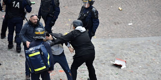 Comment Alexandre Benalla justifie son intervention musclée du 1er mai