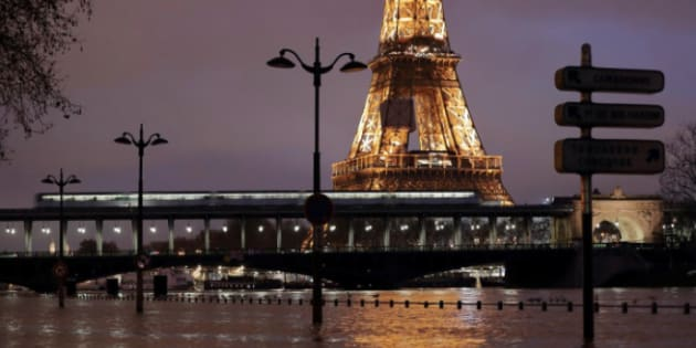 Hundreds evacuated around Paris as Seine keeps swelling