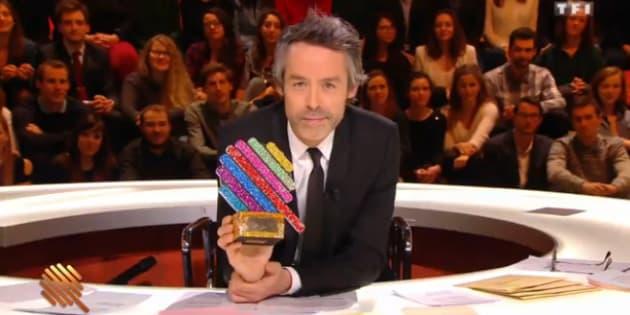 """Yann Barthès sur le plateau de """"Quotidien: les hommes et les femmes de l'année 2016"""""""