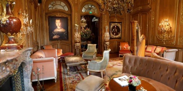 """La maison de ventes """"Artcurial"""" met aux enchères le mobilier du Ritz, du 17 au 21 avril 2018."""