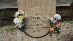 Un altro oltraggio agli eroi antimafia, danneggiata la stele in memoria del giudice