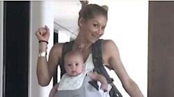 Anna Kournikova Dancing With Her Bouncing Baby Is The Cutest