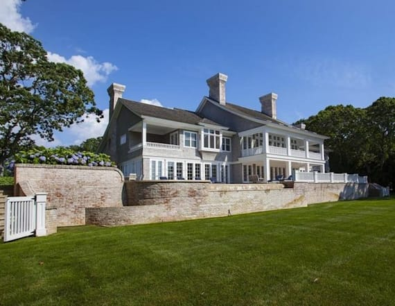 Hollywood power couple snags massive Hamptons estate