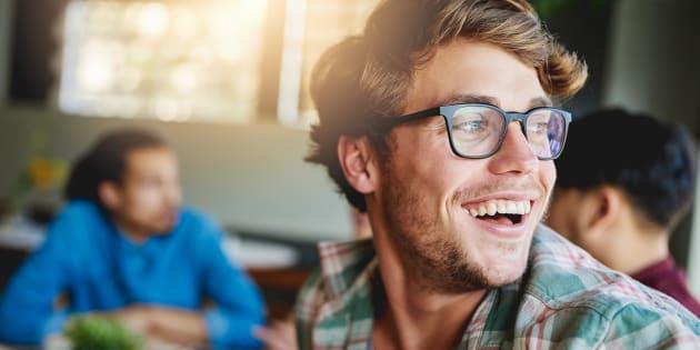 le monde de l 39 optique voit le futur dans les lunettes connect es huffpost qu bec. Black Bedroom Furniture Sets. Home Design Ideas