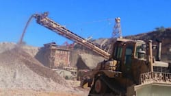 Hay dos desaparecidos tras derrumbe de mina en