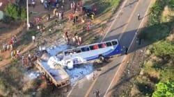 Choque entre camiones deja decenas de peregrinos heridos en