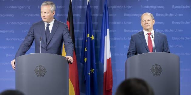 """Bruno Le Maire, ici lors d'une réunion en mai avec son homologue allemand Olaf Scholz, accuse les États-Unis de vouloir """"diviser la France et l'Allemagne"""""""