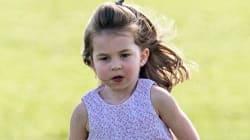 Queste foto mostrano l'incredibile somiglianza tra Lady D da piccola e la nipote