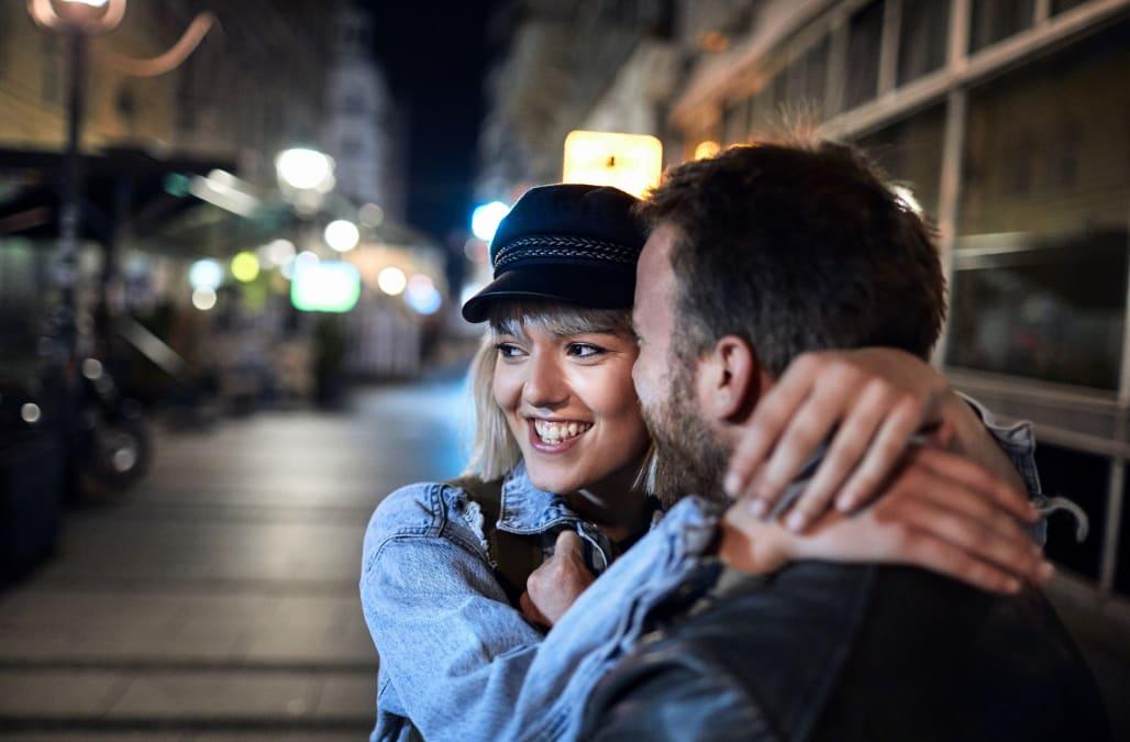 MoreDates ❤ Mere end bare dating ❤ Dating Appen ✅ Til langvarige forhold ✅ Mød.