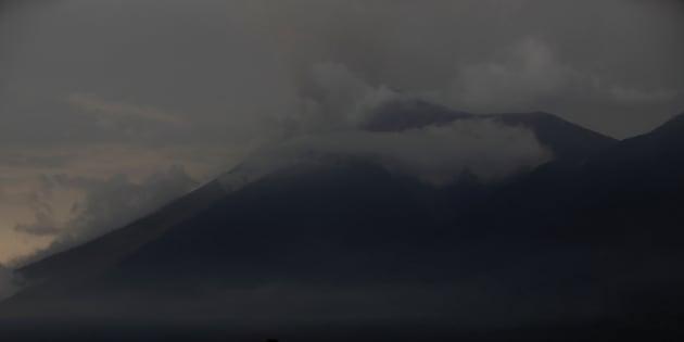 Le Volcan de Feu qui est entré en éruption le 5 juin.